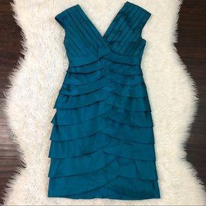 Adrianna Papell Blue Shutter Pleat Dress Sz 6